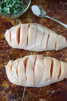 Stuff with delicious things! Poulet Hasselback, Hasselback Chicken, Chicken Flavors, Easy Chicken Recipes, Kitchen Recipes, Cooking Recipes, Goat Cheese Stuffed Chicken, Ways To Cook Chicken, Cheese Nutrition