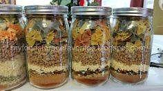 Lasagna Soup - tomato powder - tomato sauce - chicken bouillon - freeze dried garlic or garlic powder - crushed red pepper - Chef's choice seasoning - mixed bell peppers - freeze dried onions - freeze dried sausage crumbles - farfalle or bowtie noodles Parmesan Chips, Dry Soup Mix, Soup Mixes, Mason Jar Mixes, Mason Jars, Soup In A Jar, Canning Recipes, Jar Recipes, Family Recipes