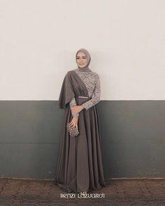 Clothes Inspiration 2019 Ideas For 2019 Hijab Prom Dress, Hijab Gown, Muslimah Wedding Dress, Hijab Evening Dress, Muslim Wedding Dresses, Hijab Outfit, Wedding Gowns, Dress Muslimah, Kebaya Modern Hijab