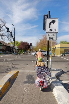 Protected bike intersection on 600E helps create a family friendly biking network in Salt Lake City.