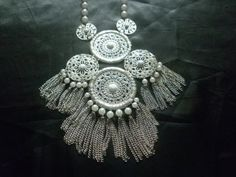 Fashion-Large-Gold-Disc-Necklace-with-Pearl-Detail-and-Tassels