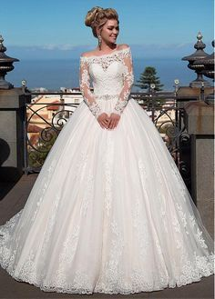 Buy discount Fantastic Tulle & Organza Off-the-shoulder Neckline Ball Gown Wedding Dress With Lace Appliques & Beadings at Magbridal.com