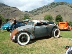 Old VW Beetle Rat rod... that Audi TT looking chop top gives it s old speedster look.