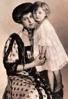 thefirstwaltz:    Princess Ingeborg, Duchess of Västergötland and her daughter Princess Astrid of Sweden, future Queen of Belgium.