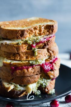This turkey cranberry pesto panini is the perfect use for all your leftover Thanksgiving turkey and cranberry sauce. Totally delicious and ready in just 15 minutes. You'll love this melty flavor packed panini! Thanksgiving Recipes, Fall Recipes, Holiday Recipes, Thanksgiving Turkey, Christmas Turkey, Christmas Lunch, Turkey Burger Recipes, Lunch Recipes, Cooking Recipes