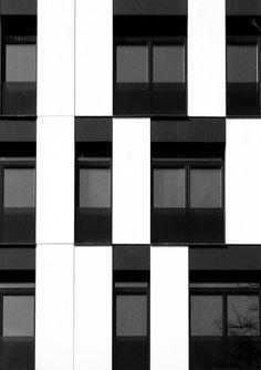 residential building in vase stajića street - novi sad serbia - kuzmanov and partners - photo by miljan cvijetić