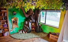 """* Best dad ever built a Disney-worthy tree in his daughter's room * Six-year-old Lia Adams sitting in the """"fairy forest"""" tree her dad, Rob, designed and built for her. The project took about 350 hours over the course of 18 months at their home in Bellevue, Wash. 2016 isn't even a month old, but Rob Adams definitely deserves a """"dad of the year"""" award. The video game developer spent almost three years dreaming up, designing and handcrafting a life-like tree — a fairy forest, to be precise."""