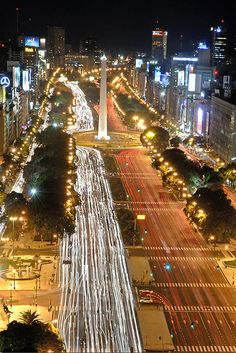 "Avd. 9 de Julio, Buenos Aires. Argentina .................................... #GlobeTripper   ""Home-made Hosptality""   https://www.globe-tripper.com"