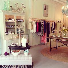 #tampa #boutiques shoparjuna.com
