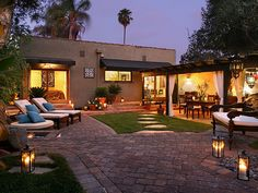 Hilary Duff's $6,000/mo leased home after she and husband, Mike Comrie separated.