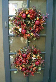 fall decorating ideas, two fall wreaths roger's gardens - Photo © Lisa Hallett Taylor