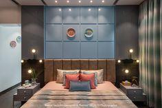 An Elegant Apartment With A Dramatic Edge Luxury Bedroom Design, Master Bedroom Interior, Bedroom Bed Design, Bedroom Furniture Design, Home Interior Design, Interior Shop, Luxury Interior, Apartment Interior, Apartment Design