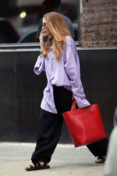 Mary Kate Ashley, Mary Kate Olsen, Ashley Olsen Style, Olsen Twins Style, Olsen Fashion, Young Fashion, Fashion 2017, Fashion Trends, Look Chic
