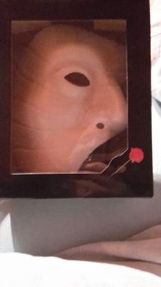 Originale Maske vom Phantom der Oper aus London