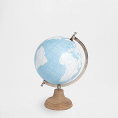GLOBE WITH WOODEN STAND - Decoration Accessories - Decoration | Zara Home Sweden