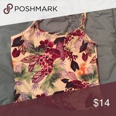 PACSUN tropical cropped tank top Never worn. In perfect condition. Size small.  Perfect shirt to wear on a hot day, to a concert, out with friends, etc. same day shipping! PacSun Tops Tank Tops