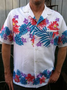 Men's Hawaiian Shirt SZ L XL White Hibiscus by Heidisvintageshop