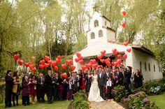 corazones Salida de iglesia Dolores Park, Ideas, Globes, Faith, Hearts, Wedding