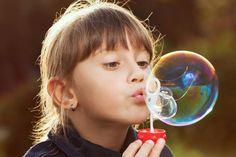 """S'amuser avec des bulles de savon - recette pour des bulles """"performantes"""""""
