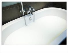 How to make a milk bath for photography shoots