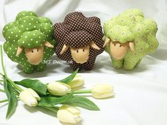 cute sheep to make Easy Crafts, Diy And Crafts, Art Fil, Dolly Mixture, Sheep Crafts, Cute Sheep, How To Make Toys, Small Quilts, Love Sewing