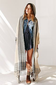 Oversized Pattern Hooded Open Poncho - Urban Outfitters