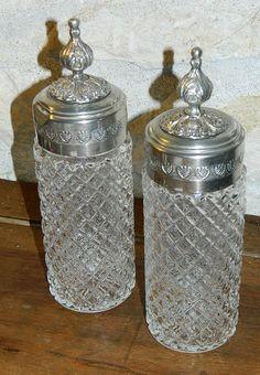 lot de 2 Anciens grands flacons à parfum . par vintagemadeinFRANCE