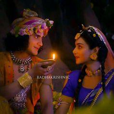 True love of radhe krishna Radha Krishna Songs, Radha Krishna Love Quotes, Cute Krishna, Radha Krishna Pictures, Krishna Photos, Krishna Art, Lord Krishna, Krishna Leela, Bal Krishna
