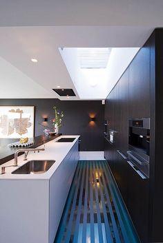 bulthaup kitchen Zo slim hoe het licht doorgaat naar de verdieping eronder