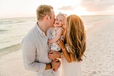 Family Beach Poses, Family Shoot, Family Beach Portraits, Beach Family Photos, Family Pictures, Toddler Beach Photos, Baby Beach Pictures, Beach Pics, Beach Baby Photography