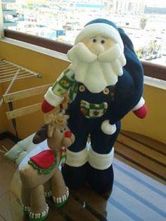 Manualidades NANA: 2017 Felt Animals, Elf On The Shelf, Snowman, Diy And Crafts, Christmas Crafts, Santa, Holiday Decor, Ideas Para, Frozen