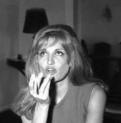 Dalida © 1966 (Rue d'Orchampt)