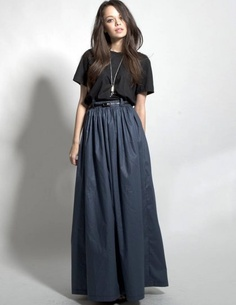 Kim Kardashian - White Cropped Top & High-Waisted Maxi Skirt | Kim ...