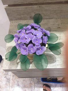 Flower Diy, Diy Flowers, Nylon Flowers, Flower Tutorial, Succulents, Wreaths, Plants, Sheer Socks, Silk Stockings