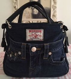 Jeans Taschen Diy Jeans, Jean Purses, Purses And Bags, Mochila Jeans, Denim Crafts, Recycled Denim, Denim Bag, Beautiful Bags, Hobo Bag