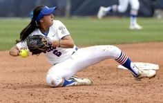 Womens College World Series : Session 1 - Games 1 and 2