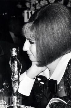 "Barbra Streisand with her Best Actress Oscar for ""Funny Girl"" Academy Award Winners, Oscar Winners, Academy Awards, Barbara Streisand, Barbara Stanwyck, Merle Oberon, Sean Penn, Catherine Deneuve, James Dean"