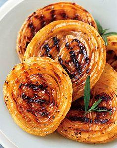 Bbq Onion Steaks with Honey-Mustard Sauce / Tina Rupp