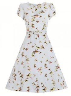 'Clarissa' Hummingbird Print Vintage Style Tea Dress - Tea and Day Dresses - Shop by Shape - Dresses Vintage Inspired Fashion, Vintage Inspired Dresses, Vintage Style Dresses, 1940s Fashion, Unique Dresses, Trendy Dresses, Day Dresses, Fashion Dresses, Pastel Dresses