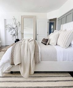 Dream Bedroom, Home Decor Bedroom, Bedroom Inspo, Master Bedroom Decorating Ideas, Small Room Bedroom, Master Bedroom Design, Small Rooms, Neutral Bedroom Decor, Neutral Bedrooms