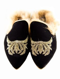 shop Gia Couture Shoes: Gia Couture slippers in velvet and lamb fur. Black with golden embrodery, leather sole and insole of foam