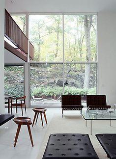 Mid Century Modern Living Room House by Bassam Fellows