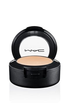 Number 1 of my 5 must have daily makeup essentials is the Mac Studio Finish Concealer. Although the concealer is thick it's really easy to blend and a little go Mac Studio Finish Concealer, Mac Concealer, Tattoo Concealer, Concealer Palette, Mac Dupes, Mac Studio Fix Fluid, Mac Studio Fix Powder, Mac Cosmetics, Body Makeup