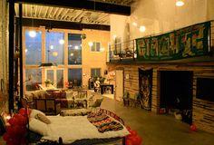 Doub Hanshaw, designer of Free People, and her boyfriend John's Philadelphia apartment. I want it sooo baaaad
