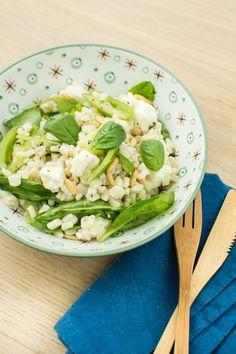 Salade de crozets, mandarines et tomates vertes - Recette végétarienne Lettuce, Cabbage, Accents Verts, Vegetables, Comme, Food, Spring, Vegetarische Rezepte, Salads