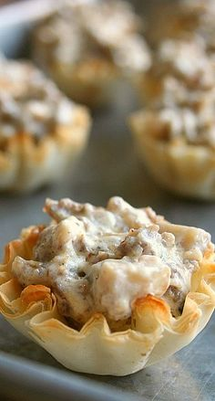 1000 images about stuffed mushrooms on pinterest for Paula deen mushroom canape