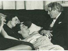 Man Ray - Picasso with Yvonne Zervos and another woman