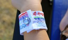 craft whatever: {Tutorial: Kid Craft} STELLA CUFF BRACELET (made by a 4yr old!)