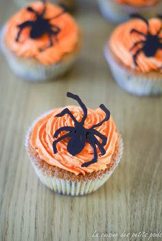Halloween Cupcakes  #halloween #750grammes  http://www.750g.com/recettes_halloween.htm