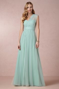 Mint bridesmaid dresses are everywhere right now! Such a beautiful color (plus it looks great next to white!) {BHLDN}